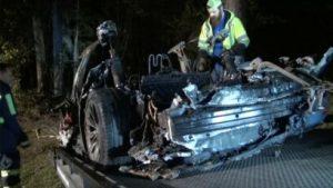 Polisi Menggeledah Kantor Tesla Setelah Kecelakaan Fatal Di Texas